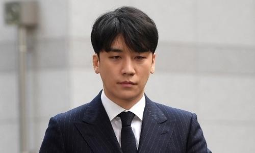 Góc tối xã hội đằng sau bê bối tình dục của các nam ca sĩ Hàn Quốc -
