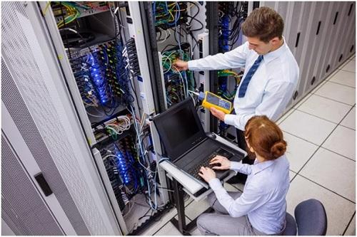 Chuyên ngành Quản trị an ninh mạng vì thế được nhiều sinh viên và tổ chức giáo dục quan tâm.