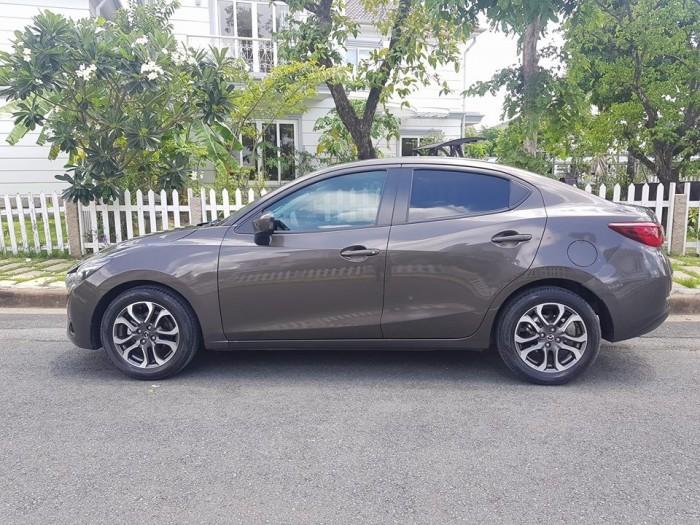 Mazda2 đời 2016 giá 430 triệu có đắt?