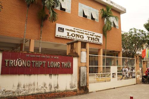 Cô giáo không giảng bài ở Sài Gòn: 'Tôi không ném vở học sinh'