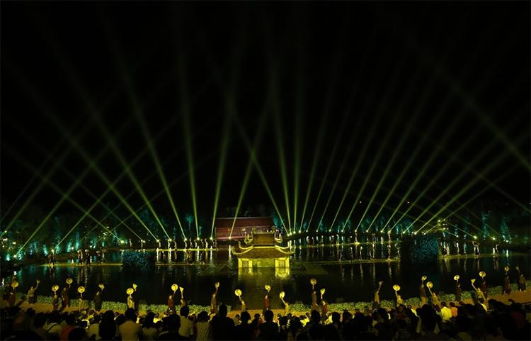 Lý do Việt Tú và Tuần Châu Hà Nội cùng có quyền với vở 'Ngày xưa'