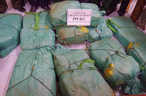 Lô ma tuý đá phát hiện tại Hà Tĩnh.Ảnh: Biên phòng Hà Tĩnh