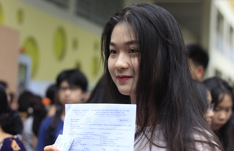 Thí sinh dự thi THPT quốc gia năm 2018 tại Hà Nội. Ảnh: Dương Tâm