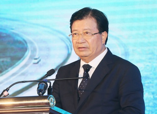 Phó Thủ tướng Trịnh Đình Dũng phát biểu tại buổi lễ. Ảnh: Đ.P