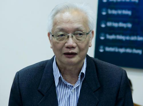 TS Nguyễn Tùng Lâm phát biểu tại hội nghị chiều 6/4 ở Hưng Yên. Ảnh: Dương Tâm