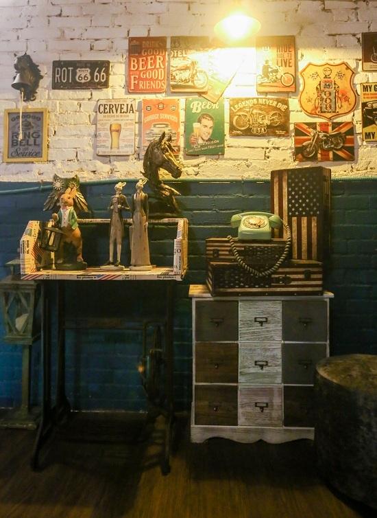 Quán cà phê kiểu Mỹ trong ngôi nhà hơn 120 tuổi ở Sài Gòn