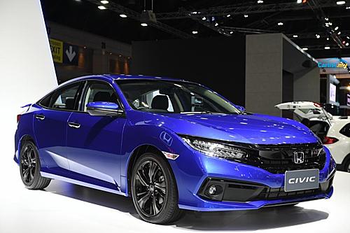 Honda Civic 2019 chính thức mở bán tại Việt Nam. Ảnh: Carlist.