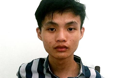 Nguyễn Tương Tú tại cơ quan công an. Ảnh: Trần Hóa.