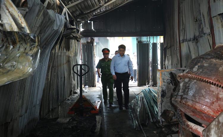 Cháy nhà xưởng ở Hà Nội, 8 người chết - Ảnh 3