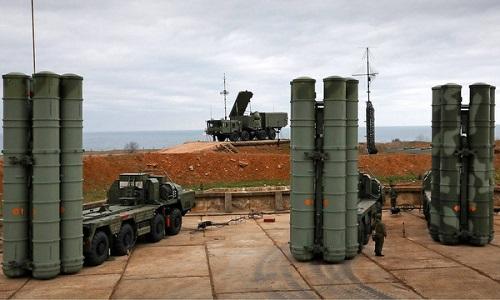 Tổ hợp S-400 trong biên chế quân đội Nga. Ảnh: TASS.