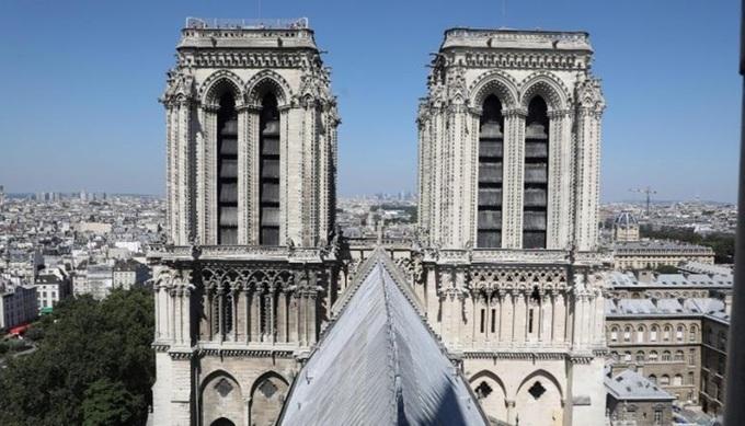 3 1555381301 680x0 - Những báu vật của Nhà thờ Đức Bà Paris