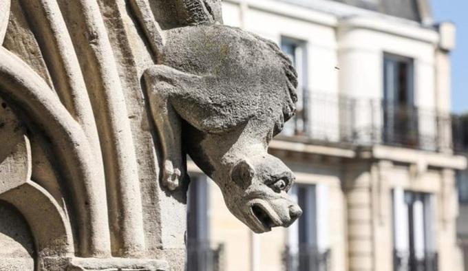 9 1555390786 680x0 - Những báu vật của Nhà thờ Đức Bà Paris