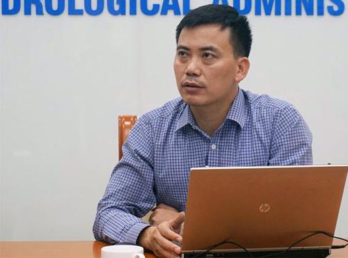 Trưởng phòng Dự báo khí hậu Nguyễn Văn Hưởng. Ảnh: Nguyễn Dương.