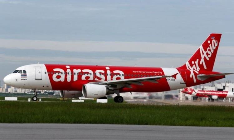Bé hai tháng tuổi tử vong trên chuyến bay của AirAsia -