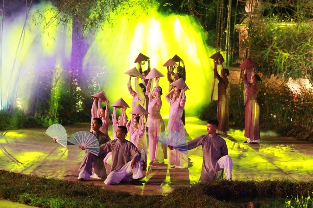 Khai mạc Festival nghề truyền thống Huế lần thứ 8