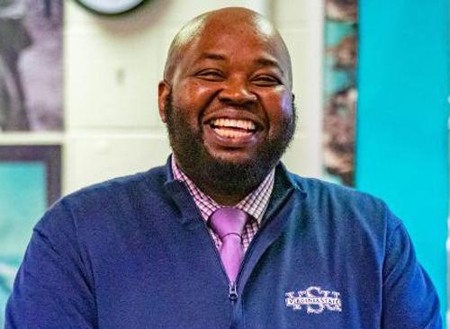 Thầy giáo Rodney Robinson (Mỹ) giành giải thưởng Giáo viên quốc gia của năm 2019. Ảnh: CNN