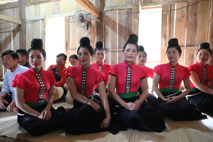 Người La Ha ở Sơn La làm lễ cầu an