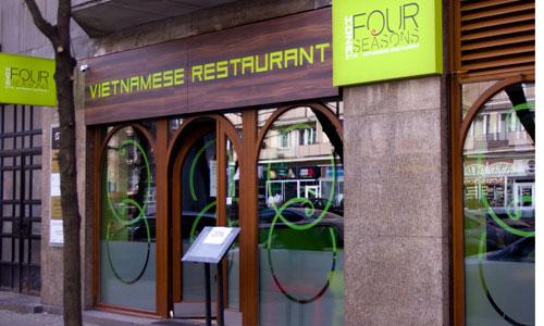 Một nhà hàng Việt Nam ở Warsaw, Ba Lan. Ảnh: Warsaw Foodie.