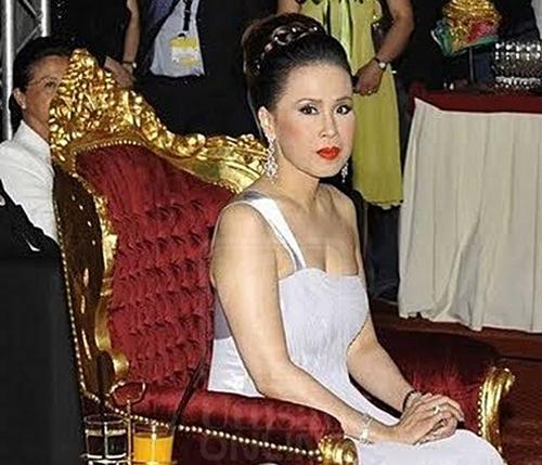 Bà Mom Sujarinee Mahidol na Ayudhaya, người vợ thứ hai của Nhà vua Thái Lan. Ảnh: Newsmov