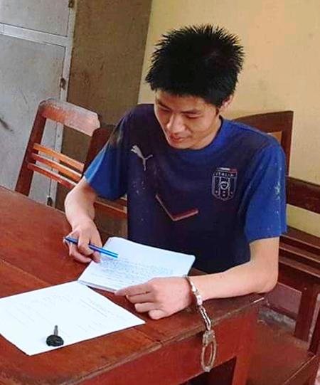 Nghi phạm Đỗ Mãnh Chiểu Minh bị bắt sau hơn một giờ bỏ trốn. Ảnh: Lam Sơn.