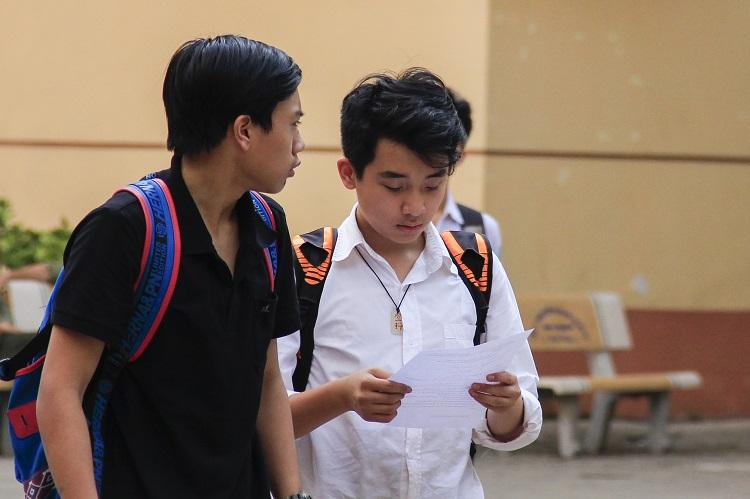 Thí sinh thi vào lớp 10 ở Hà Nội năm 2018. Ảnh: Dương Tâm