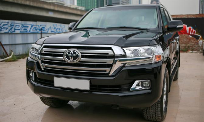 Toyota Land Cruiser đời 2016 giá 3,66 tỷ đồng