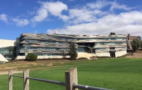 Thư viện Đại học Victoria University.