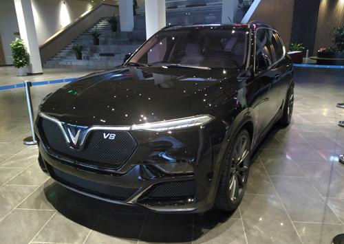 Lux V8 tại nhà máy ở Hải Phòng.