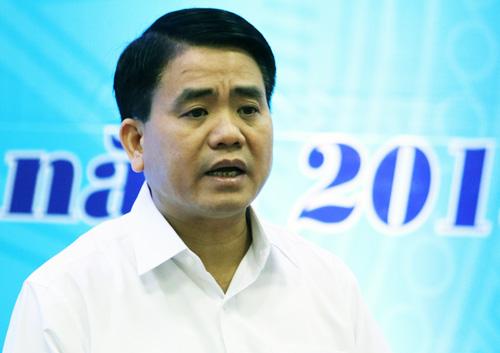 Chủ tịch UBND TP Hà Nội Nguyễn Đức Chung phát biểu tại cuộc đối thoại với công nhân lao động sáng 11/5. Ảnh: Võ Hải.