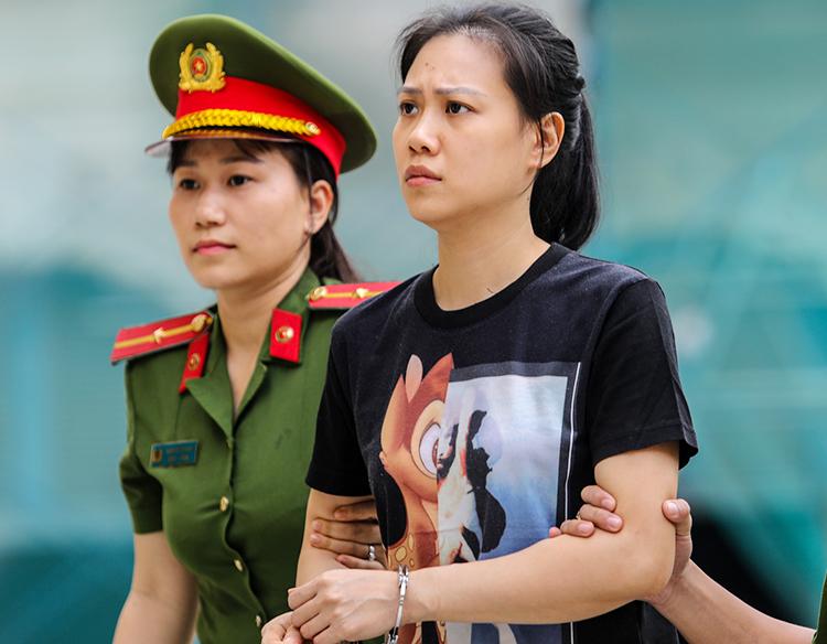 Bị cáo Nguyễn Thu Huyền bị đề nghị án chung thân. Ảnh: Thành Nguyễn.