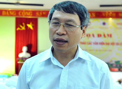 Viện trưởng Kinh tế Việt Nam, PGS Bùi Quang Tuấn. Ảnh: XH