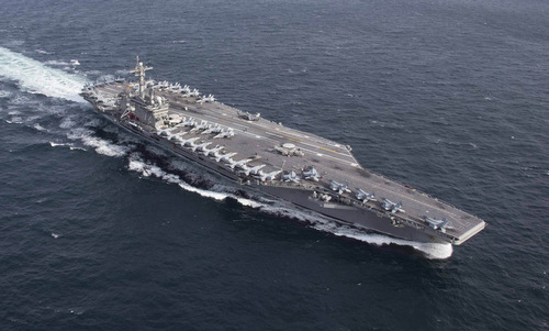 Tàu sân bay USS Abraham Lincoln của Mỹ. Ảnh: US Navy.