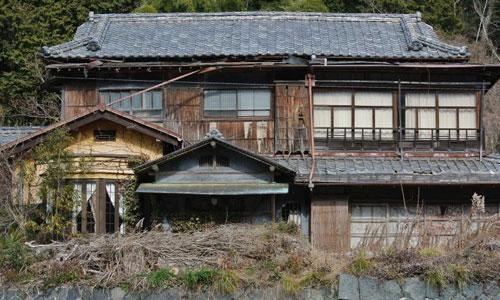 Một căn nhà bị bỏ hoang ở vùng nông thôn Nhật Bản. Ảnh: Flickr