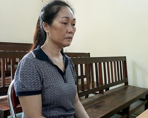 Tạt xăng đốt chồng hờ, người đàn bà ở Sài Gòn lĩnh án chung thân - ảnh 1