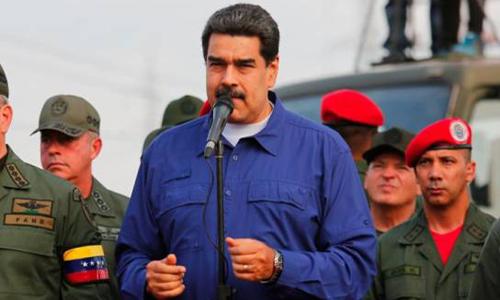 Tổng thống Venezuela Nicolas Maduro phát biểu trước các binh sĩ tại căn cứ quân sự ở thành phố Macaray, bang Aragua. Ảnh: Reuters.
