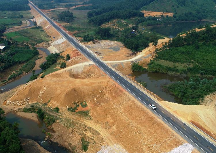 Cao tốc Hòa Bình - Mộc Châu sẽ kết nối với đường Hòa Lạc - Hòa Lạc hiện nay. Ảnh: Giang Huy.