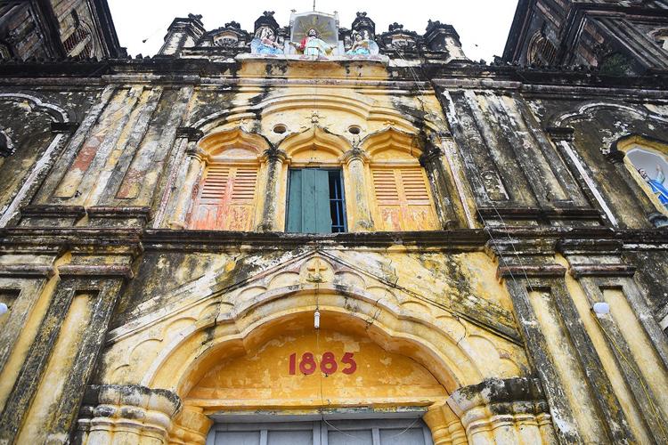 Nhà thờ chính toà Bùi Chu. Ảnh: Giang Huy.