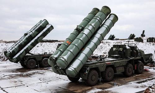 Tổ hợp S-400 Nga triển khai tại hồi năm 2018. Ảnh: TASS.