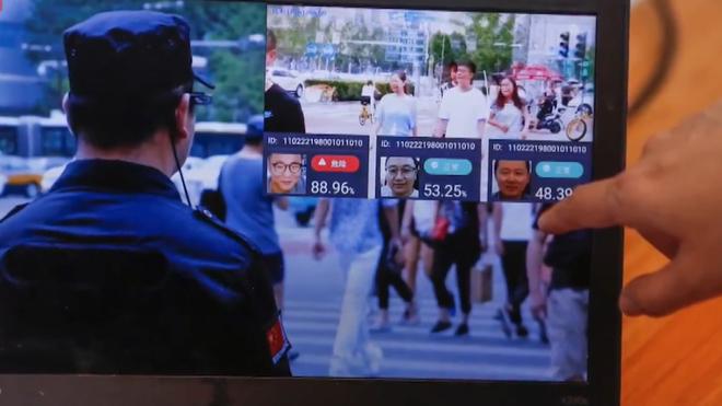 Camera AI tại Trung Quốc bêu tên người vi phạm giao thông