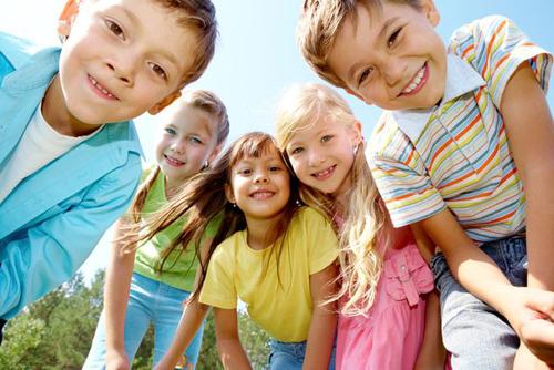 10 cách dạy trẻ tự bảo vệ bản thân -
