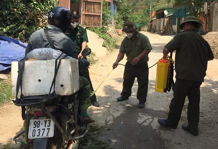 Một chốt kiểm dịch tại huyện Kỳ Sơn. Ảnh: CTV.