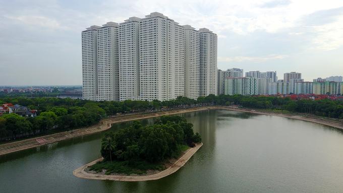 Khu chung cư ở bán đảo Linh Đàm, Hà Nội. Ảnh: Giang Huy