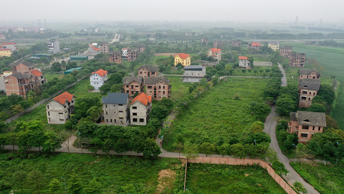 Một dự án đô thị bỏ hoang tại huyện Mê Linh, Hà Nội. Ảnh: Giang Huy.