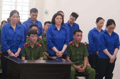 Các bị cáo trong đường dây ma túy xuyên Việt do Phạm Minh Tuấn cầm đầu.