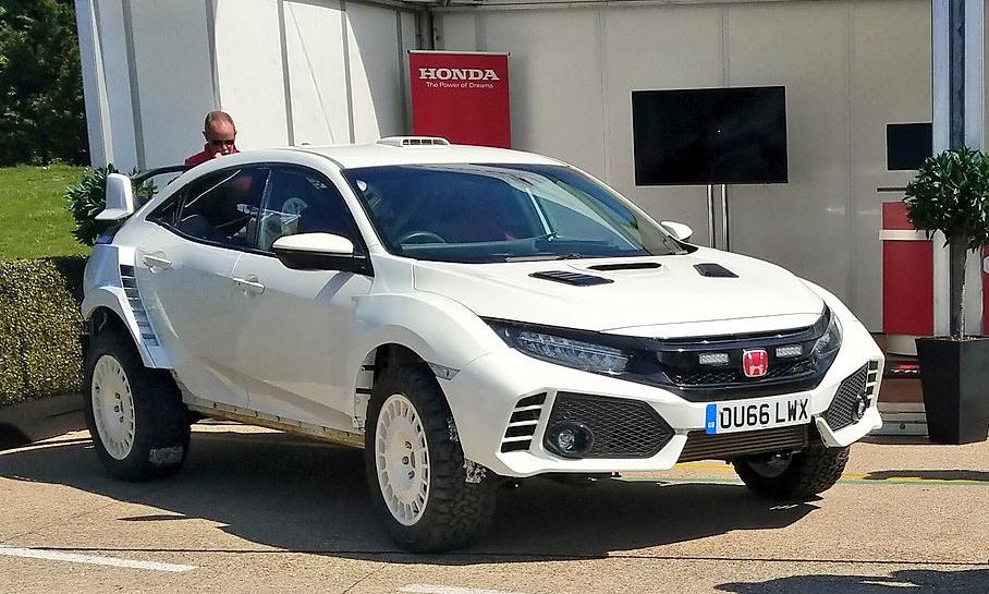 Honda Civic Type R thành xe đua đường trường