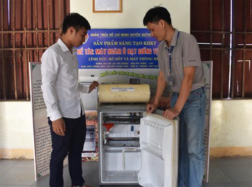 Câu lạc bộ sáng tạo khoa học kỹ thuật ở ngôi trường làng