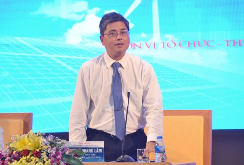 Ông Võ Quang Lâm - Phó Tổng giám đốc EVN trả lời các câu hỏi của doanh nghiệp về chương trình DR.