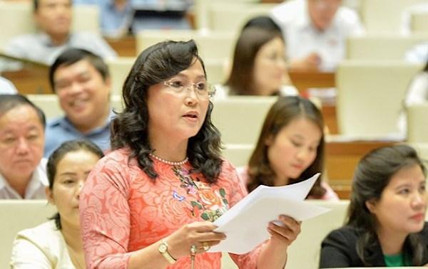 Đại biểu Nguyễn Thị Kim Bé. Ảnh: Trung tâm báo chí Quốc hội.