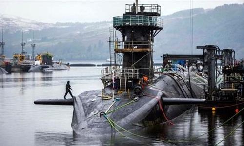 Tàu ngầm hạt nhân HMS Vigilant của hải quân Anh. Ảnh: AP.