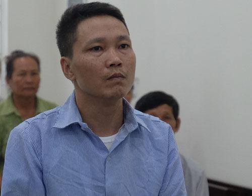 Phùng Đức Thanh tại phiên tòa ngày 5/6. Ảnh: N.A.